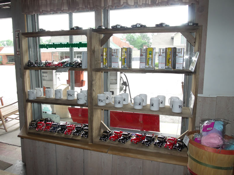 Mugs, Model Old-Fashioned Gas Pumps and Die-Cast Trucks | Wally\'s ...